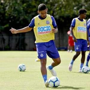 Meia crê que Bahia possa se recuperar diante do Corinthians