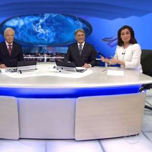 """Cid Moreira relembra bermuda no 'JN': """"Uma vez só"""""""