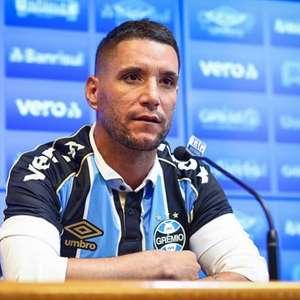 Thiago Neves estaria em negociação para reforçar o Sport