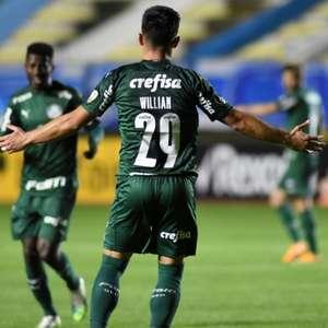 Estreia da Libertadores no SBT decepciona e fica em 3º lugar
