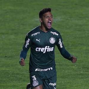 Menino tem golaço na Libertadores destacado pela Fifa