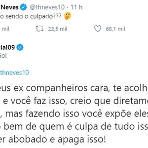 """Ex-gremista rebate cutucada de Thiago Neves: """"Abobado"""""""
