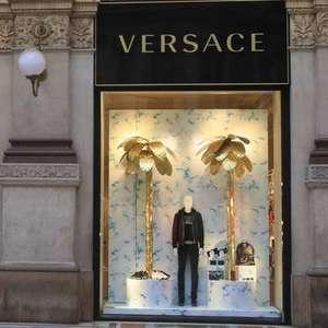 Versace fará desfile sem público durante Semana de Moda ...