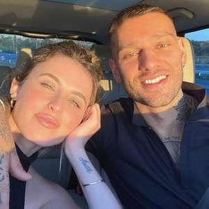 Lucas Lucco e Lorena Carvalho anunciam gravidez