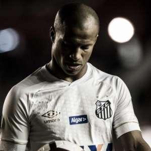 Números de Sánchez em relação ao último Brasileiro explicam a queda do jogador no Santos