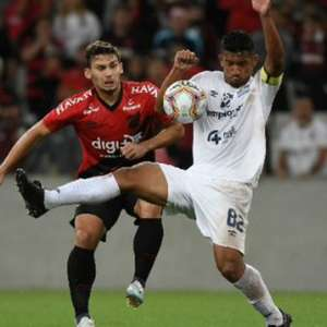 Meia-atacante Boselli rescinde contrato com o Athletico