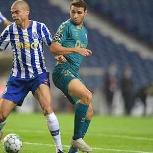 Com dois de Alex Telles, Porto vence Braga na estreia no ...