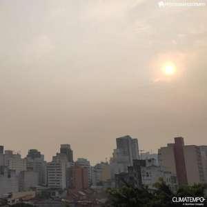 Fumaça das queimadas deixa cidade de São Paulo embaçada ...