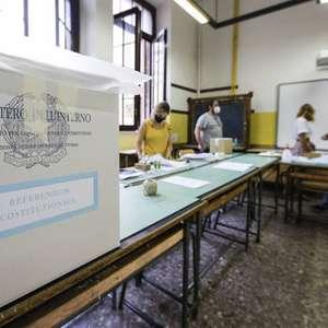 Itália tem fuga de mesários às vésperas de referendo e ...