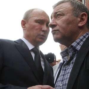FinCEN Files: Bilionário associado a Putin pode ter ...