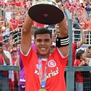 Botafogo sonda Cesinha, campeão da Copinha pelo ...