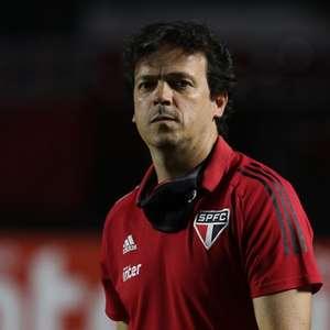 Fernando Diniz deve escolher equipe titular do São Paulo neste domingo
