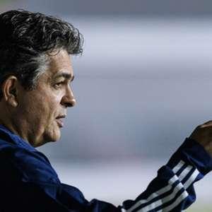 Ney Franco admite falhas do time, cobra melhor ...