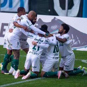 Palmeiras vacila nos acréscimos e empata com o Grêmio