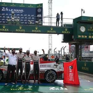 Tricampeão em Le Mans, Buemi celebra sorte da Toyota: ...