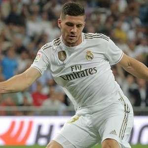 Luka Jovic, do Real Madrid, quer voltar ao Frankfurt por ...