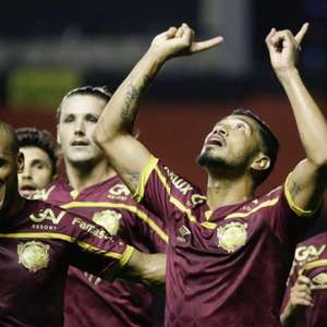 Fluminense pressiona até o fim, mas perde para o Sport