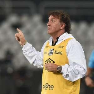 Cuca entende choro de Marinho: 'Precisamos valorizar esse jogador'