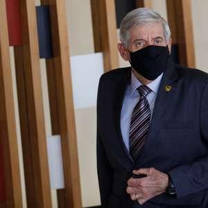 Heleno ameaça retaliação contra países que boicotarem Brasil