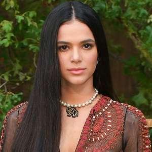 Bruna Marquezine nega frustração como atriz e anuncia ...