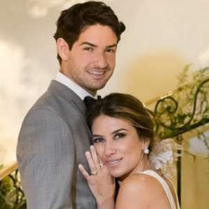 Em rede social, Pato se declara para esposa Rebeca Abravanel