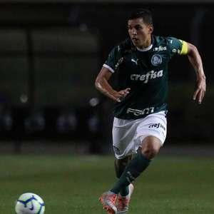 Crias da Academia: Inscrito na Libertadores, zagueiro vê ...