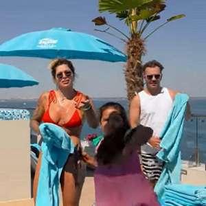 Família de Dentinho é expulsa de piscina em resort na ...
