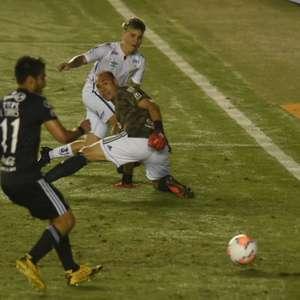 Soteldo busca o primeiro gol pelo Santos na ...
