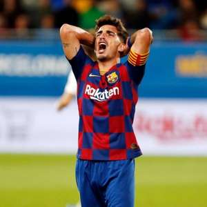 Barcelona empresta Monchu, jovem meio-campista da base, ...