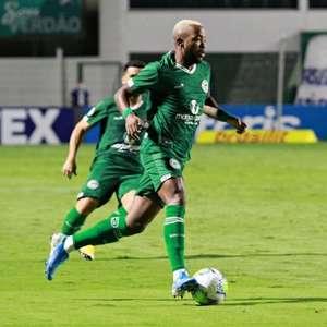 Victor Andrade comemora 'tempo para treinos' no Goiás, mas admite ansiedade para voltar a jogar