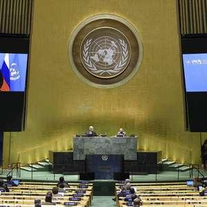 Putin defende fim de sanções para impulsionar economia ...