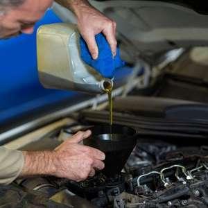 Como saber qual é o lubrificante ideal para seu carro?