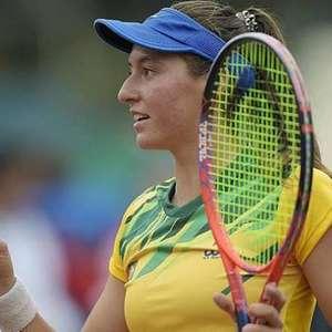 Em grande fase, Luisa Stefani avança às semifinais de ...