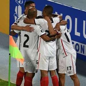 Em jogo decisivo, Athletico-PR recebe o Colo-Colo pela Libertadores