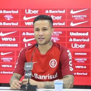 Lateral-direito Bruno manifesta a vontade de jogar no Figueirense, informa repórter