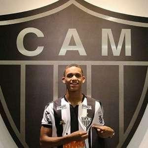 Sampaoli 'desiste' de liberar Dylan Borrero para empréstimo no Galo