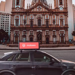 Startup paga motoristas de app para expor anúncios em carros
