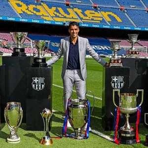 Suárez explica saída e chora em adeus ao Barcelona: ...
