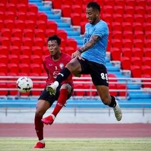 Tiago Chulapa comemora volta à liderança de seu time na ...
