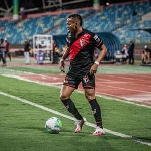 No primeiro mês com a camisa do Atlético-GO, Janderson ...