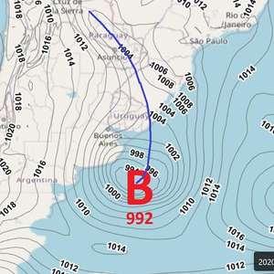 Ciclone provoca rajadas de vento no centro-sul do Brasil