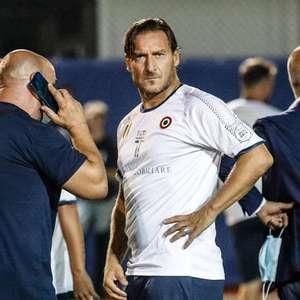 Jogadora acorda do coma após receber mensagem de Totti