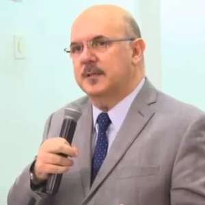 Declarações de Milton Ribeiro repercutiram mal no governo