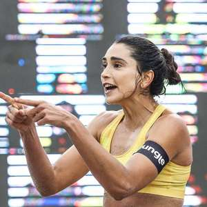 'Esse papo de que não se deve misturar esporte e política não dá mais', diz Carol Solberg