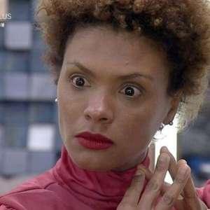 'A Fazenda 12': Luíza Ambiel volta da Roça e Lidi Lisboa ...