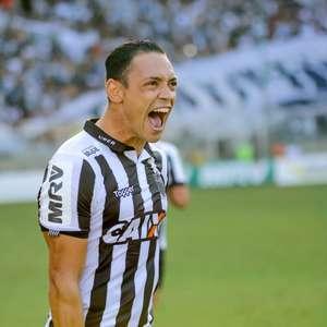 """Ricardo Oliveira desabafa sobre tratamento no Galo: """"Me ..."""
