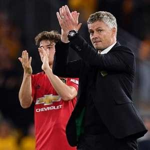 Técnico do Manchester United diz acreditar nos ...