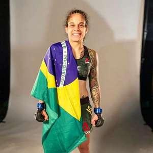 Com luta marcada contra japonesa no UFC, Livinha Souza ...