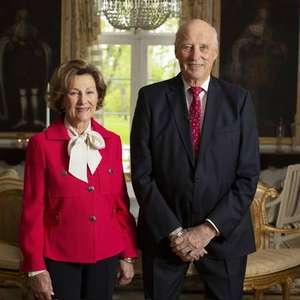 Aos 83 anos, rei da Noruega é internado em hospital de Oslo