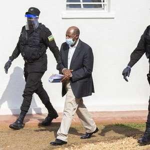 Herói de 'Hotel Ruanda' admite formação de milícia armada